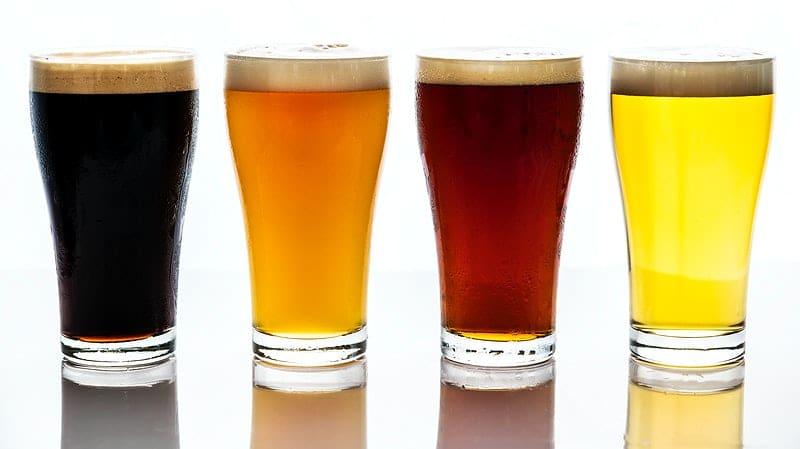beer glasses image